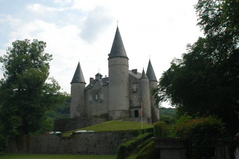 Vêves castle in Houyet