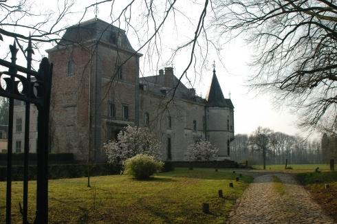 Harlue castle in Bolinne-Harlue
