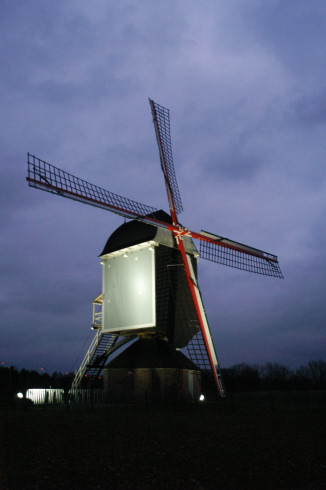 Buulmolen in Olen by night