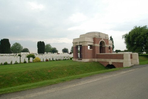 New Irish Farm Cemetery in Sint-Jan